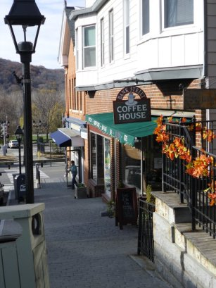 Bank Street Coffee House Street