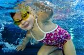 swimmer baby 01